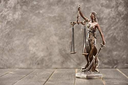 Strafrechterlijk Letsel, Nationaliteit Hindu, Uitdrijving Uit Spanje