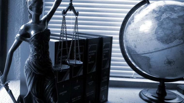 Waarborgen Bij Aankoop Aanklacht Aan Verantwoordelijken Van Promoters