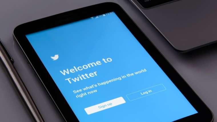 Twitter-misdaad Opheerlijking Van Terrorisme En Aanzetten Tot Haat