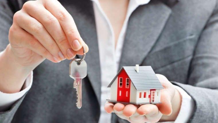 Jurische Aanklachten Tegen Verantwoordelijken Van Inmobilieëen